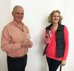 Greg Pearce (Cloud Wine) and Nichola Roe (Wine Therapy)
